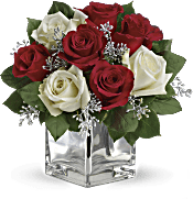 Teleflora's Snowy Night Bouquet Flowers