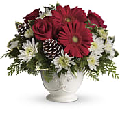 Simply Merry Centerpiece Flowers