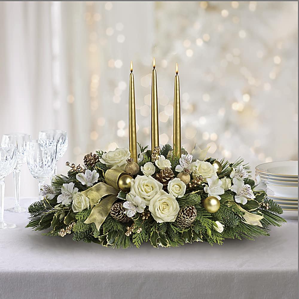 Bouquet De Noel Avec Du Houx bouquet centre de table noël royal   teleflora