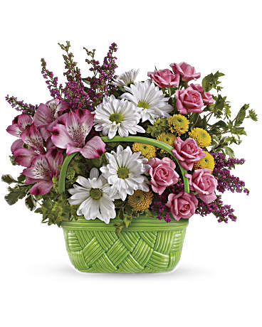 Teleflora's Basket Of Beauty Bouquet