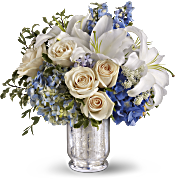 Teleflora's Seaside Centrepiece Flowers