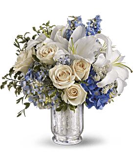 Teleflora's Seaside Centerpiece Bouquet