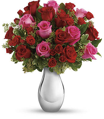 True Romance Bouquet with Red Roses Flowers