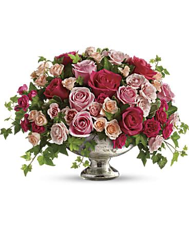 Queen S Court By Teleflora Flower Arrangement