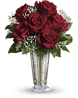 Teleflora's Kiss of the Rose Bouquet