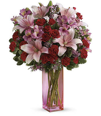 Teleflora's Hold Me Close Bouquet Flowers