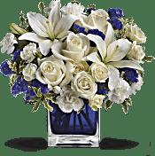 Teleflora's Sapphire Skies Bouquet Flowers