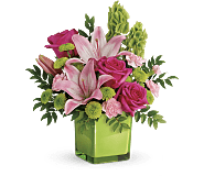 Teleflora's In Love With Lime Bouquet