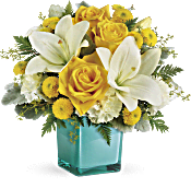 Teleflora's Golden Laughter Bouquet Flowers