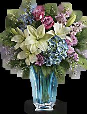 Teleflora's Heart's Pirouette Bouquet Flowers