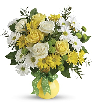 Teleflora's Daisies And Dots Bouquet Flowers