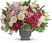 Grand Beauty Bouquet Flowers