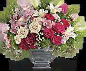 Teleflora's Grand Beauty Bouquet Flowers