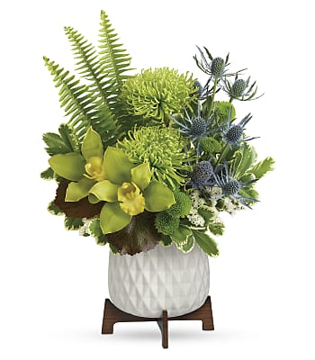 Teleflora's Style Statement Bouquet Flowers
